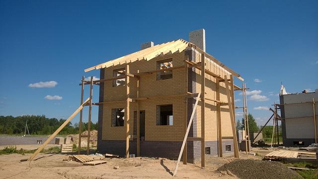 5 šikovných rád ako ušetriť pri stavbe domu