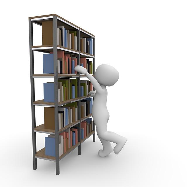 panáček u knihovny