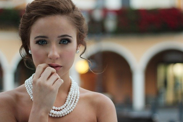Žena, perly, náhrdelník, make-up
